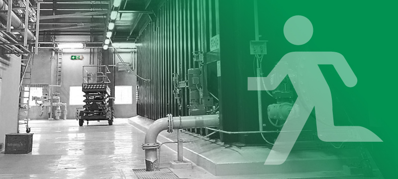 noodverlichting in een industriële omgeving